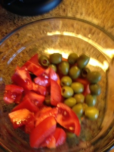 olives, tomatoes